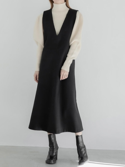 【RE ARRIVAL】v neck jumper dress